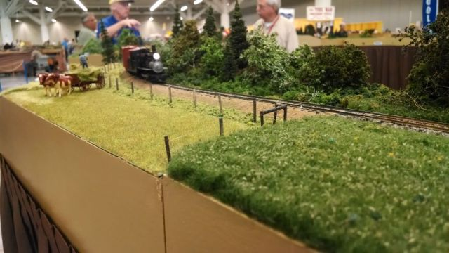 The combination of three Lee Rainey modules took second place in the NMRA module contest.  The hay field module was one of those modules.